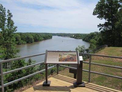 View downriver from Drewry's Bluff. image. Click for full size.