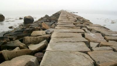 Rockland Harbor Breakwater image. Click for full size.