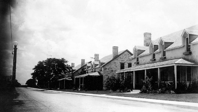 Early 20th century historic view of Fort Clark's Officers' Row Quarters image. Click for full size.