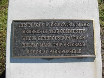 Veterans Memorial Park Dedication Plaque image. Click for full size.