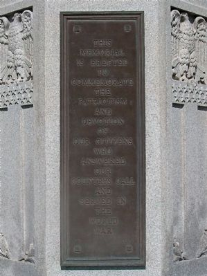 Veterans Memorial - Plaque 1 image. Click for full size.