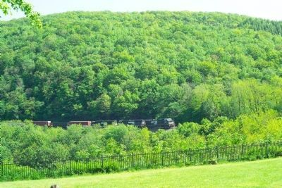 Norfolk Southern Mixed Freight image. Click for full size.