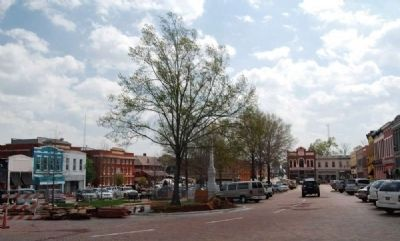 Abbeville Square<br>Washington Street Corner<br>Looking Southeast image. Click for full size.