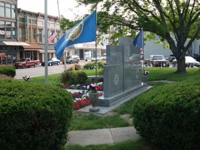 Other View - - Johnson County War Memorial Honor Rolls Marker image. Click for full size.