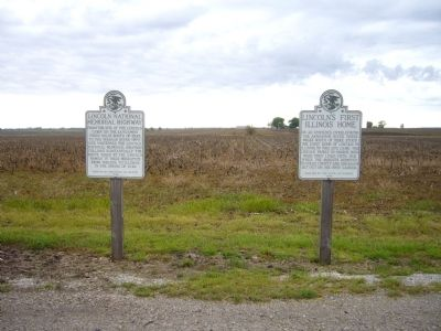 Lincoln's First Illinois Home Marker <i>is on the right</i> image. Click for full size.