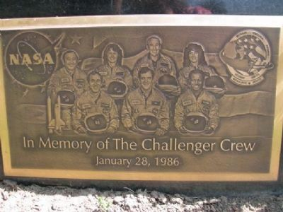 In Memory of the Challenger Crew image. Click for full size.