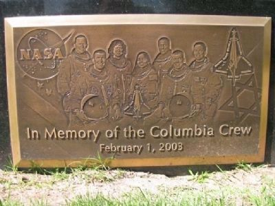 In Memory of the Columbia Crew image. Click for full size.
