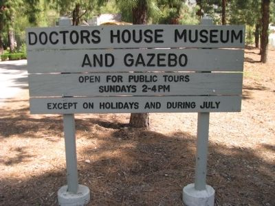 Doctors House Sign image. Click for full size.
