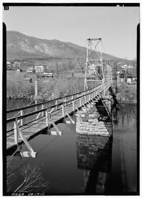 James River Suspension Bridge, Buchanan, Virginia image. Click for full size.