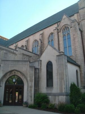 Luther Memorial Evangelical Lutheran Church image. Click for full size.