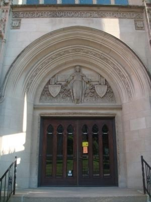Luther Memorial Evangelical Lutheran Church Main Entrance image. Click for full size.
