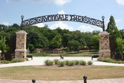 Entrance to Avondale Park. image. Click for full size.