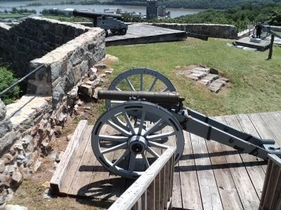 Fort Putnam Cannons image. Click for full size.