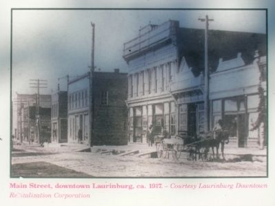Laurinburg Marker image. Click for full size.