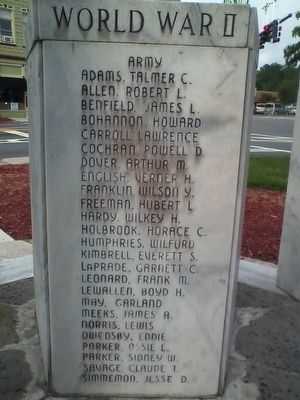 Clarkesville War Memorial image. Click for full size.