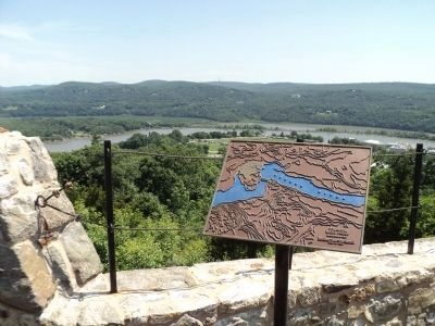 Fortress West Point Marker image. Click for full size.
