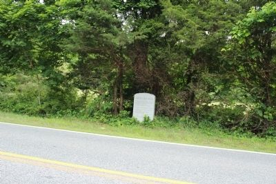 The Old Bay Road Marker image. Click for full size.