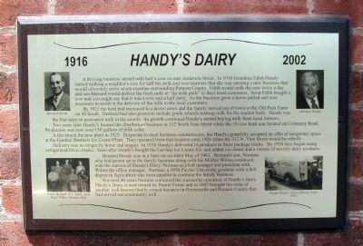 Handy's Dairy 1916 - -2002 Marker image. Click for full size.