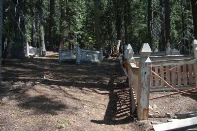 Howland Flat Cemetery image. Click for full size.