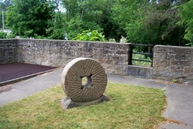 Cunningham Memorial Park Mill Stone image. Click for full size.