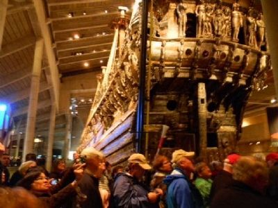 Visitors inspecting <i>Vasa</i> image. Click for full size.