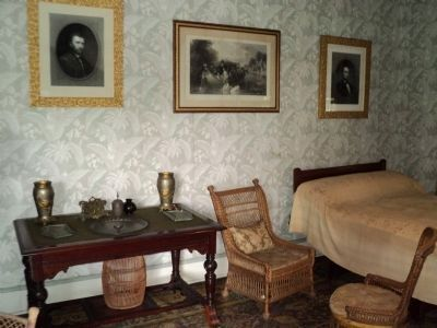 Grant Cottage Death Room image. Click for full size.