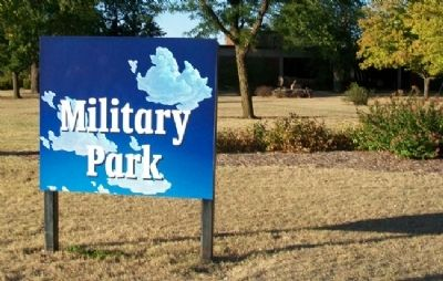 Military Park Sign image. Click for full size.