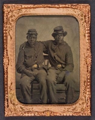 Unidentified brothers in arms, ca. 1863-65. image. Click for full size.