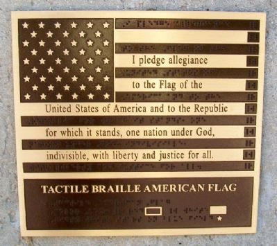 Bicentennial Flag Memorial Tactile Marker image. Click for full size.