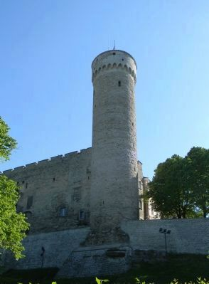 <i>Tall Hermann</i> Tower - on the medievel city wall near the <i>Toompea Loss</i> Marker image. Click for full size.