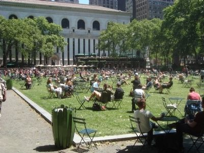 Bryant Park lawn on a sunny day image. Click for full size.