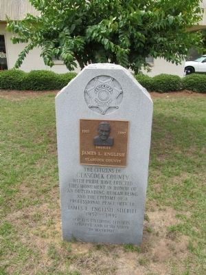 Sheriff James L. English Memorial image. Click for full size.