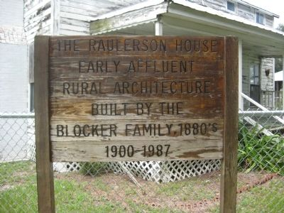 Park sign for the Raulerson House image. Click for full size.