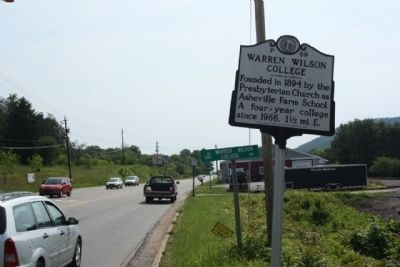Warren Wilson College Marker, looking east along Tunnel Road (US 70) image. Click for full size.