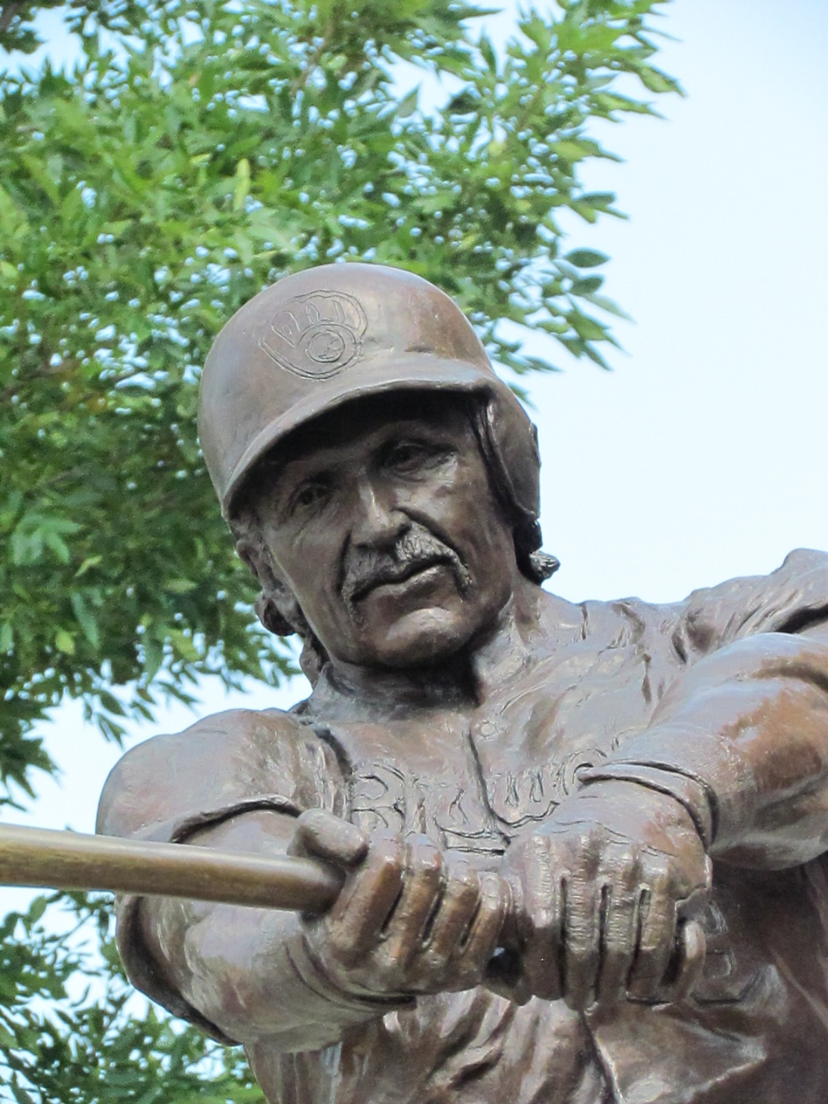 Robin Yount Statue