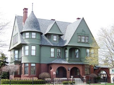 Vilas - Rahr Mansion image. Click for full size.