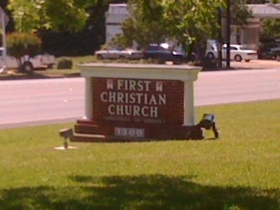First Christian Church of Lufkin sign on S. First Street image. Click for full size.