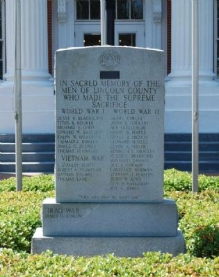 Lincoln County Veterans Monument image. Click for full size.