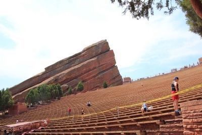 Red Rocks Amphitheatre image. Click for full size.