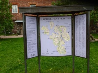 <i>Suomenlinna-Sveaborg</i>:Tourist map of the restored, five-island, image. Click for full size.
