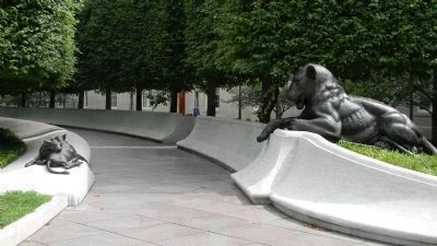 National Law Enforcement Officers Memorial - the east side pathway with a bronze lion (right) image. Click for full size.