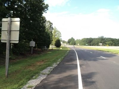 Marker at Virginia / North Carolina Border image. Click for full size.