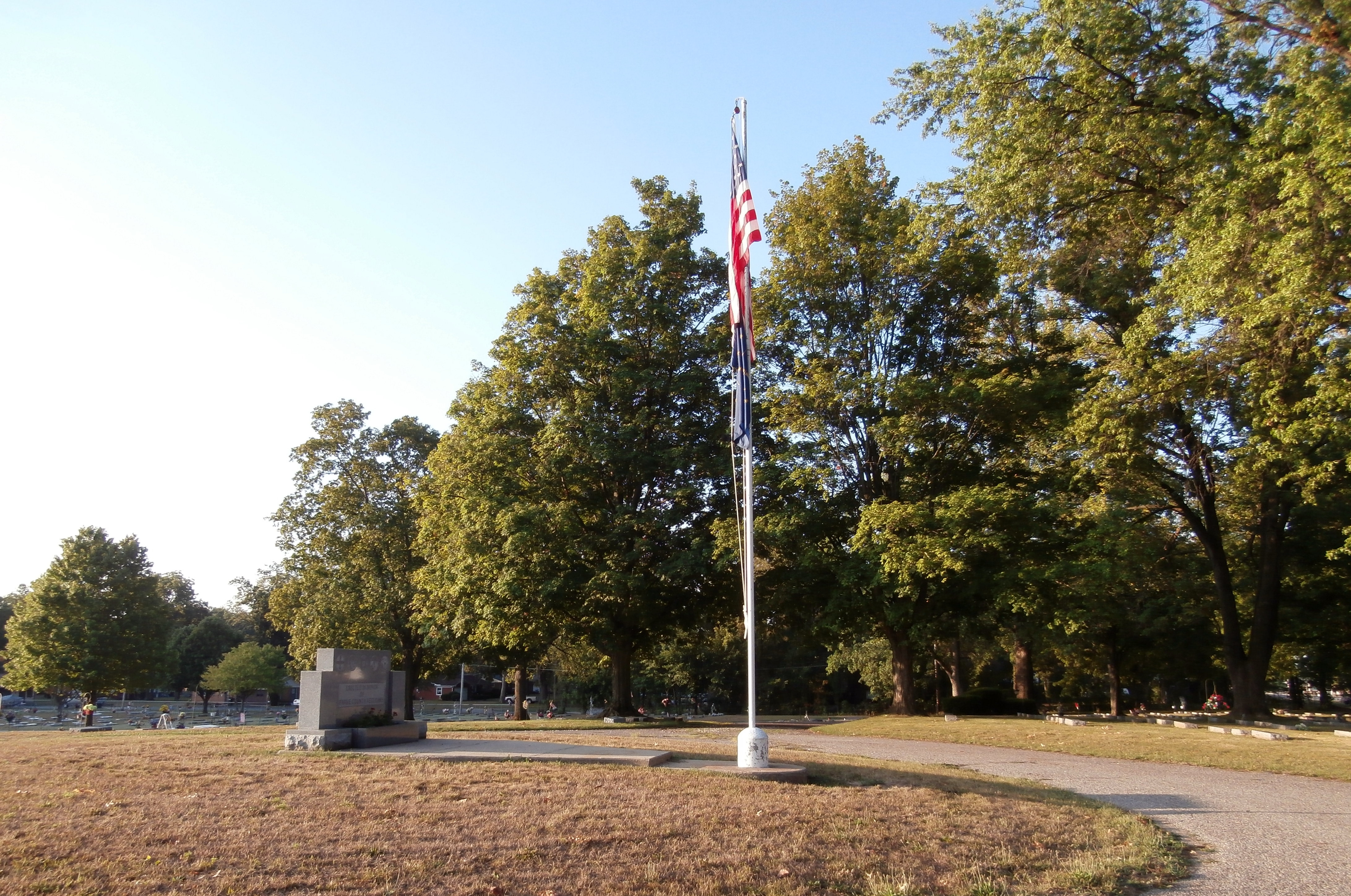 Wide View - - Parke County Veterans Marker