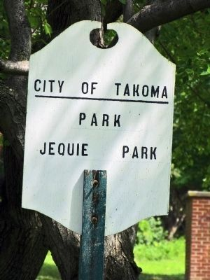 Jequie Park Sign image. Click for full size.