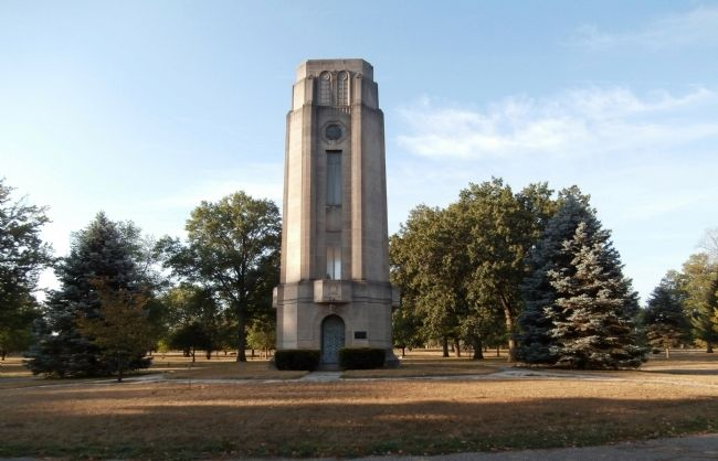 Veterans Memorial Bell Tower image. Click for full size.