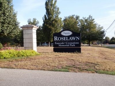 "Sign - - "" Roselawn Cemetery "" image. Click for full size."