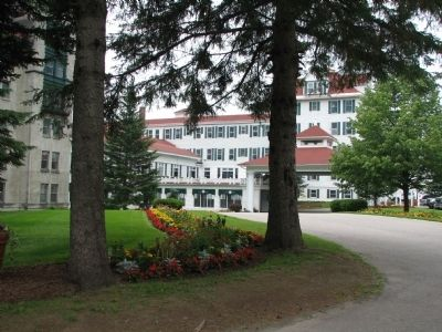 The Balsams Hotel (driveway) image. Click for full size.