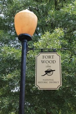 Fort Wood National Historic District image. Click for full size.