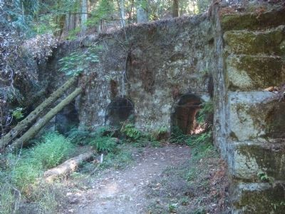 Lime Kilns image. Click for full size.