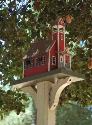 The One-room Schoolhouse Birdhouse image. Click for full size.